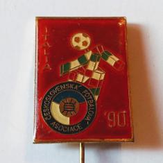 Insigna fotbal - CEHOSLOVACIA la Campionatul Mondial ITALIA 1990