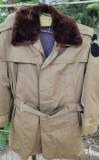 Vând scurtă militară de oraș de iarnă, XL/XXL