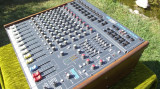 POWER MIXER SOUNDCRAFT PS SPIRIT 2X300W + 2 BOXE 300W