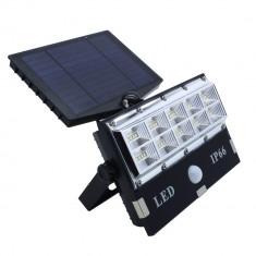 Proiector cu panou solar 50 leduri senzor de miscare si lumina