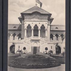 BUCURESTI   EXPOZITIA  NATIONALA  1906   PAVILIONUL REGAL   SCARA  DE  ONOARE