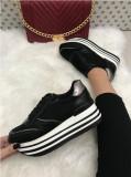 Adidasi dama negri cu platforma marime  40, 41+CADOU