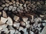 Lemne foc taiate sparte 40 cm 12.5 m cubi 85% stejar 15% fag
