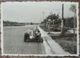 Automobil de epoca cu numar de Bucuresti// fotografie Romania interbelica