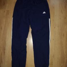 Pantaloni de trening Adidas căptușiti mărimea S