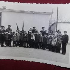 fotografie veche PIONERI-in grup si individual,lot 4 fotografii pionieri,T.GRAT