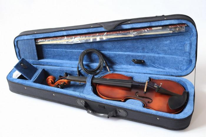 Vioara electro-acustica 4/4 EQ E-Violin Cherrystone toc arcus sacaz jack 6.3