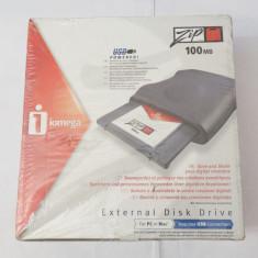 Unitate discheta optica externa Iomega ZIP 100 USB - sigilata