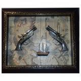 Tablou Panoplie arme 2 pistoale, pirati o corabie aurie, 45x35 cm