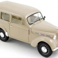 Macheta Auto Norev, RENAULT Juvaquatre 1951 Ivory 1:18