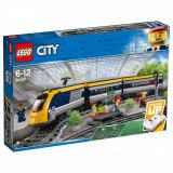 LEGO® City - Tren de calatori (60197)