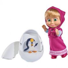 Set Papusa Masha 12 cm si Figurina Pinguin in Ou