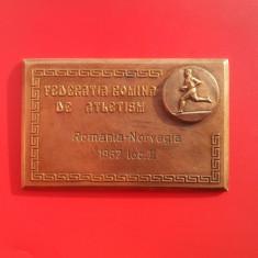 Placheta-Romania-Federatia de atletism-1967-RARA!-68mm-43mm-Bronz