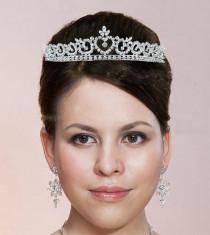 Tiara Borealy Bride foto