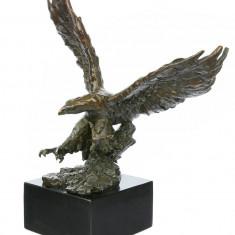 Vultur mare - statueta din bronz pe soclu din marmura BM1640