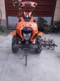 Vând motocultor