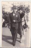 bnk foto Portret Barbat cu femeie in miscare - Foto G Ionescu Bucuresti
