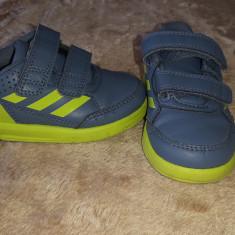 Adidas copii marimea 21