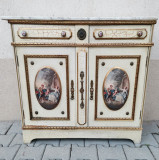 Bufet frantuzesc vintage, decorat elegant cu scene galante, furnituri din alama si marmura Carrara