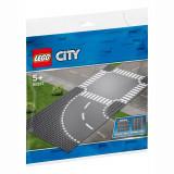 LEGO® CITY - Curba si intersectie 60237