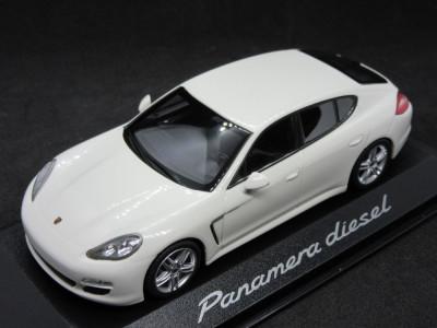 Macheta Porsche Panamera diesel Minichamps 1:43 foto