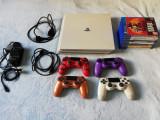PlayStation 4 PRO + 4 Controllere + 8 Jocuri + Statie incarcare