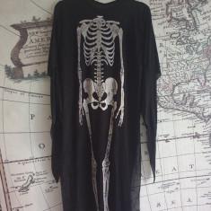 costum schelet pentru halloween