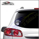Minion Dacia-Stickere Auto-Cod:VIS-006-Dim.  15 cm. x 13.2 cm.