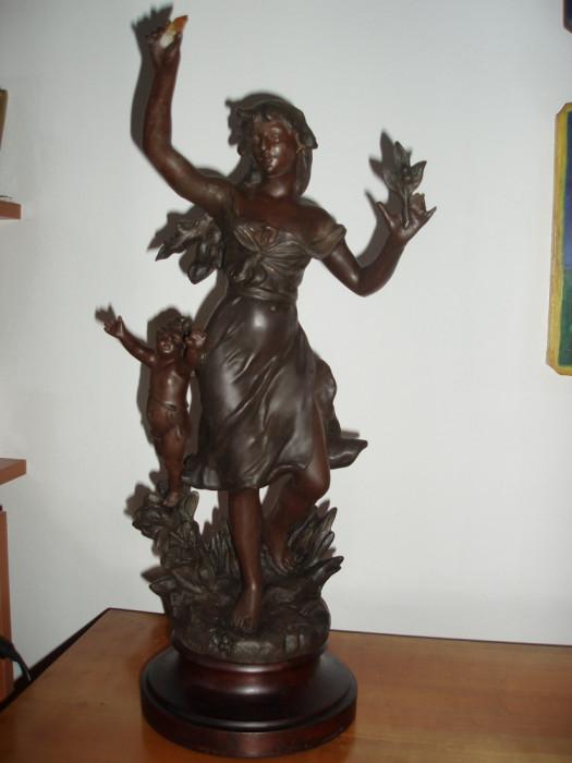 "Statueta antimoniu Franta SEC XIX ""Tanara cu amoras (Putto)"" - SEMNATA"