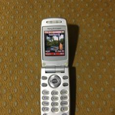 Vand Sony Ericsson Z600 in stare perfecta de functionare !!, Albastru, Nu se aplica, Neblocat
