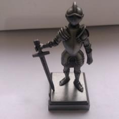 Ascutitoare de colectie-Cavaler in armura