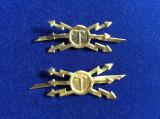 Insigne militare - Insigne România - Semne de armă- Transmisiuni (culoare aurie)