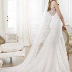 Rochie de mireasa Pronovias Barcelona model Lagara 2014 cu voal si crinolina