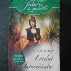 ELIZABETH HOYT - LORDUL INTUNERICULUI