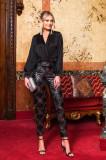 Pantaloni PrettyGirl de ocazie negri cu talie inalta cu imprimeu geometric cu un croi drept
