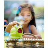 Masina de facut baloane pe baterii pentru copii Frog Bubble Machine