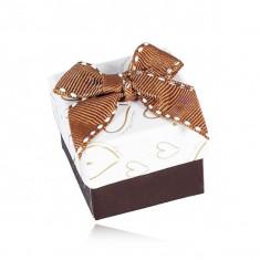 Cutiuță de cadou pentru bijuterii maro cu alb, contuturi inimă, fundiță matlasată