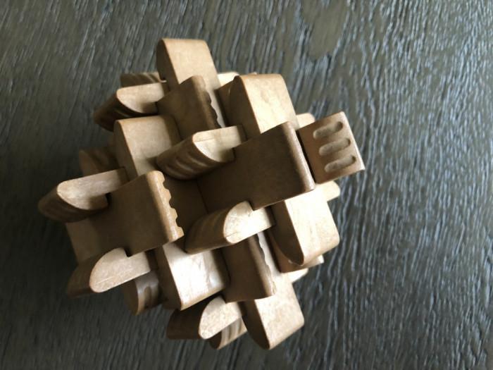 Obiect decorativ ,joc tailandez,aranjament de mai multe piese din lemn