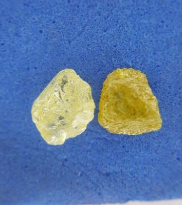 Diamant natural neslefuit pereche 1.11 ct foto