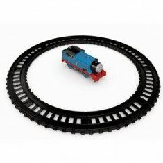 Thomas & Friends - Set trenulet Thomas cu motor si cu sina circulara