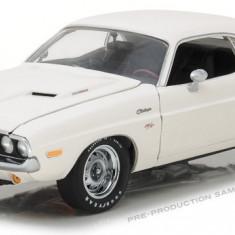 Macheta auto HIGHWAY 61, 1970 Dodge Challenger R/T - Alb 1:18