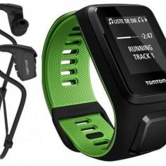 Ceas activity tracker TomTom Runner 3 Cardio Music, GPS, Waterproof, Marimea L cu casti (Negru/Verde)