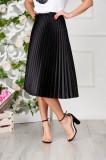 Fusta StarShinerS neagra eleganta plisata midi in clos din satin