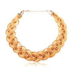 Colier realizat din lanţuri împletite şi şnururi aurii, închidere de tip cleşte de homar