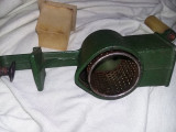 masina veche de tocat si maruntit Miez de NUCA,masina FONTA,Romaneasca,T.GRATUIT