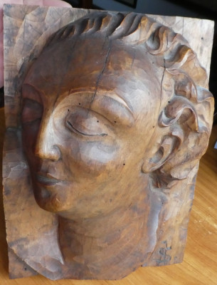 Cap de fata ; Sculptura in lemn de Ioan H. Sarghie din Bucovina , Vijnita , 1928 foto
