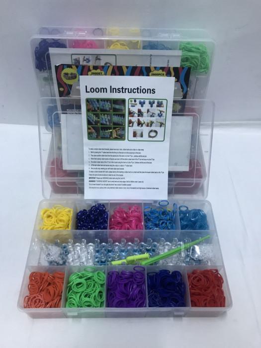 Set elastice pentru bratari , 2600 bucati .