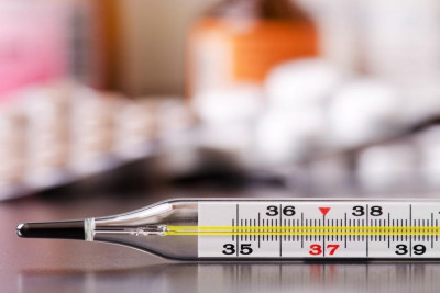 Termometru medical clasic cu mercur foto