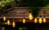 Ghirlanda luminoasa de exterior/interior, 15 metri, 15 fasunguri E27 suspendate, 15 becuri LED 4W cu glob vintage auriu