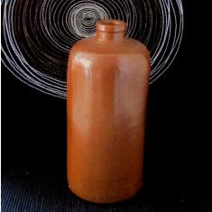 Butelie veche din gresie, pentru apă minerală. Vol 900.
